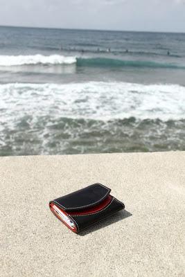 小さい財布と沖縄旅行へ